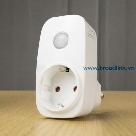 Broadlink SP3S mat nghieng